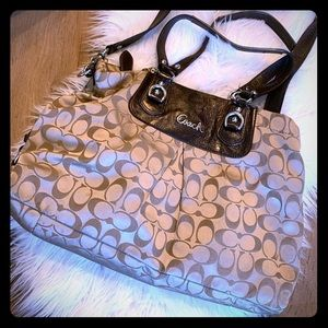 Coach bag gently used